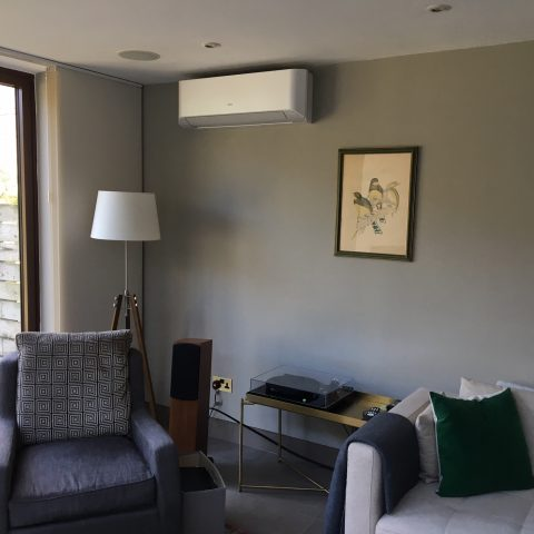 Air Conditioning for Living Room in Hackney